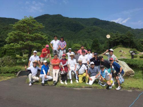 大会前日に行われたゴルフコンペ